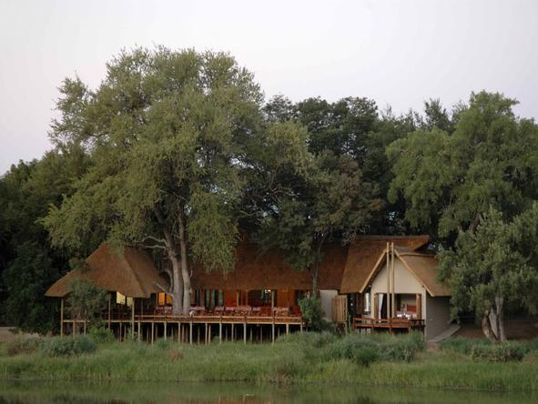 Simbavati River Lodge - Lodge